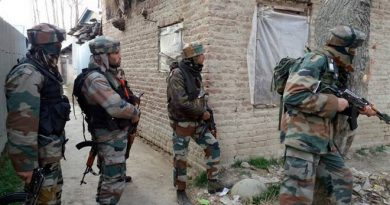 Arrest-warrants-of-militants-and-security-forces-in-Kashmirs-Pulwama